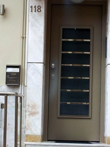 Εξωτερική Πόρτα με επένδυση αλουμινίου