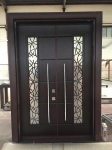 πόρτα ασφαλείας εισόδου πολυκατοικίας